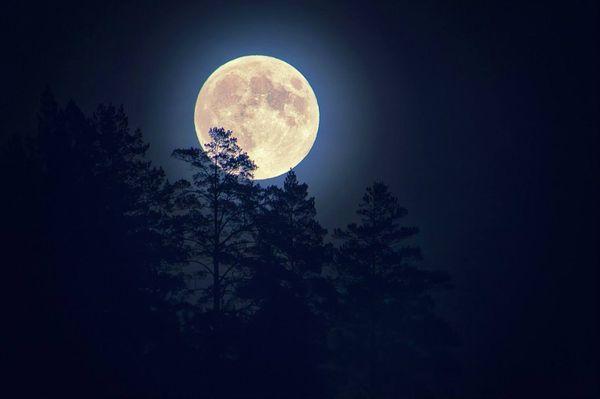 заговор на удачу на луну