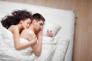 К чему снится обнимать мужчину
