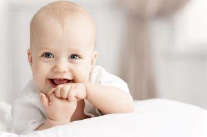 К чему снится улыбающийся младенец