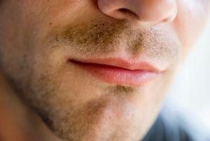 К чему снятся губы мужчины