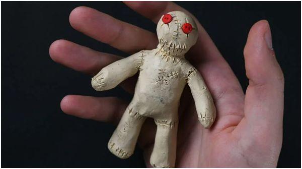 Кукла Вуду из пластилина
