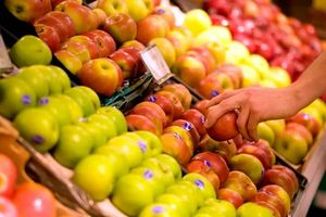 Покупать яблоки во сне
