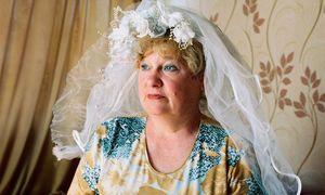 Приснилась мама в платье свадебном