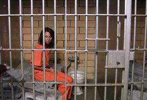 Женщине снится тюрьма