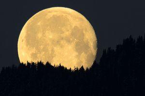 заговор на кошелек на полную луну