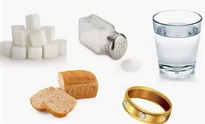 соль, сахар, хлеб и кольцо