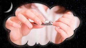 во сне видеть ногти